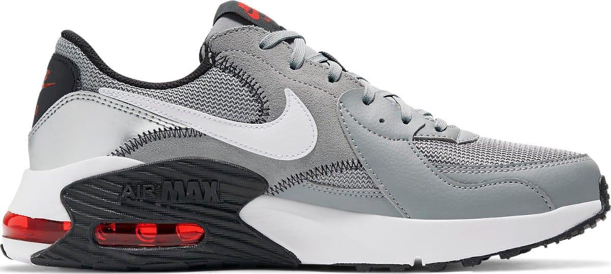 Nike Air Max Excee M 42,5 EUR